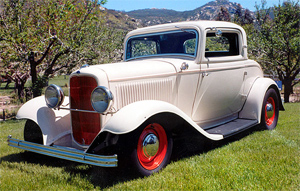1932 Ford Coupe - http://www.hotrodscustomstuff.com/randy1.html