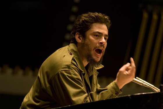 http://www.firstshowing.net/img/Benicio-CheGuevara-may-02.jpg