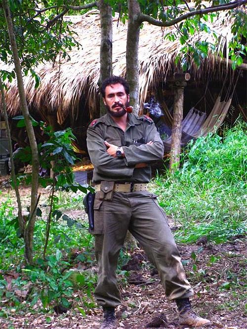 Demián Bichir as Fidel Castro