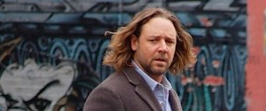 First Look at Russell Crowe in State of Play