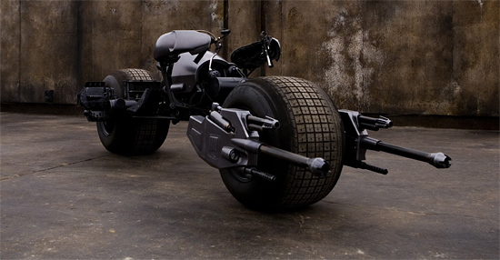 http://www.firstshowing.net/img/darkknight-batpod4.jpg