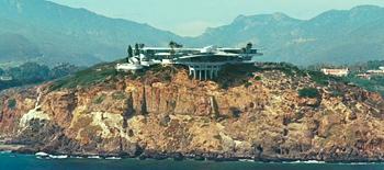 Iron Man Featurette: Jon Favreau Tours Tony Stark's House