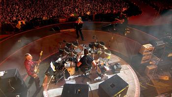 U2 3D Review