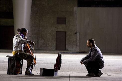 Jamie Foxx and Robert Downey Jr. in The Soloist