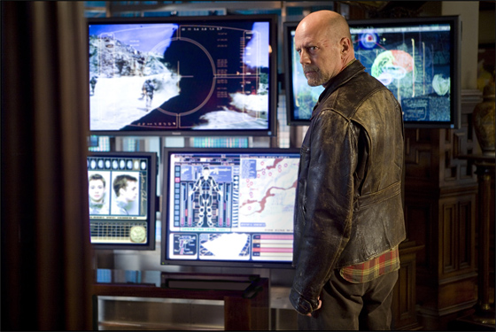Bruce Willis in Sci-Fi Thriller Surrogates