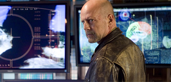 First Look: Bruce Willis in Sci-Fi Thriller Surrogates