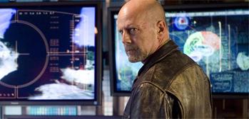 First Look: Bruce Willis in Sci-Fi Thriller Surrogates